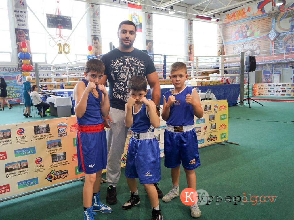 Родион Кумаритов и его воспитанники, РСО Алания город Цимбал