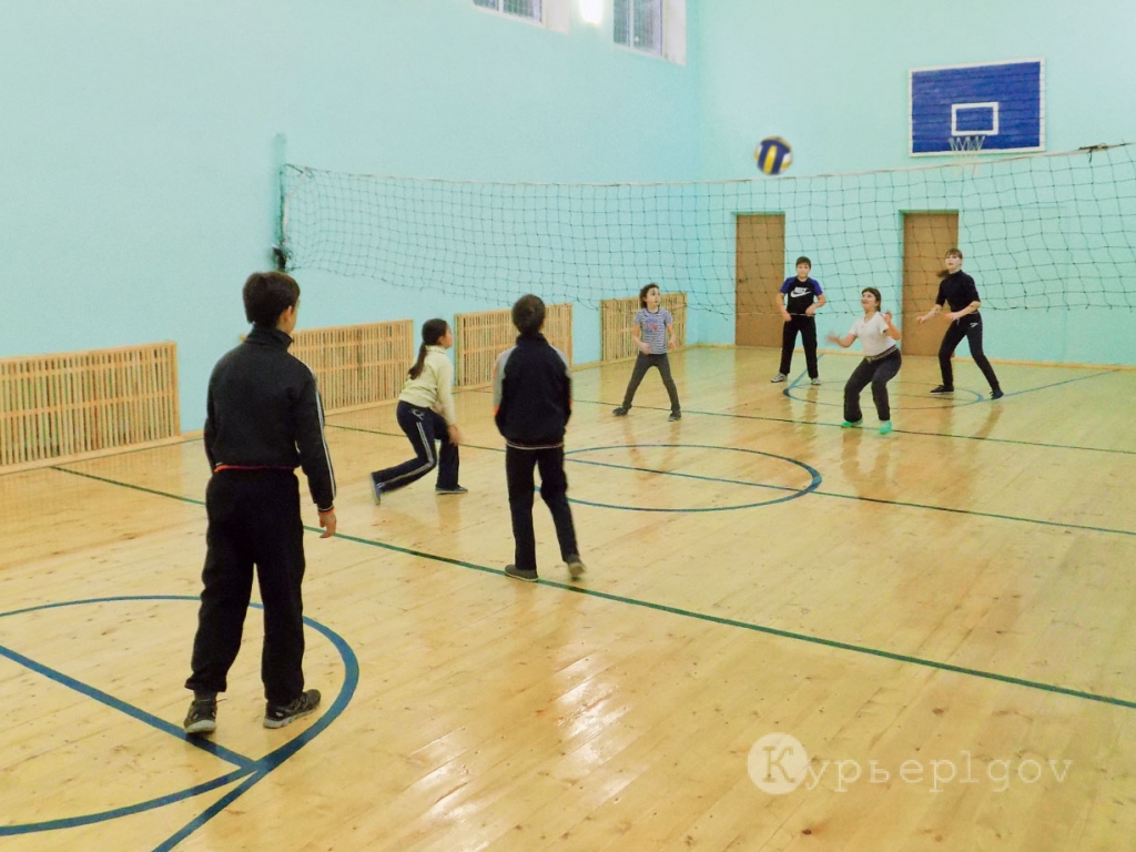 Оттачивать спортивное мастерство иванчиковским школьникам да и всей местной молодежи и взрослым в современном спортзале – теперь одно удовольствие...