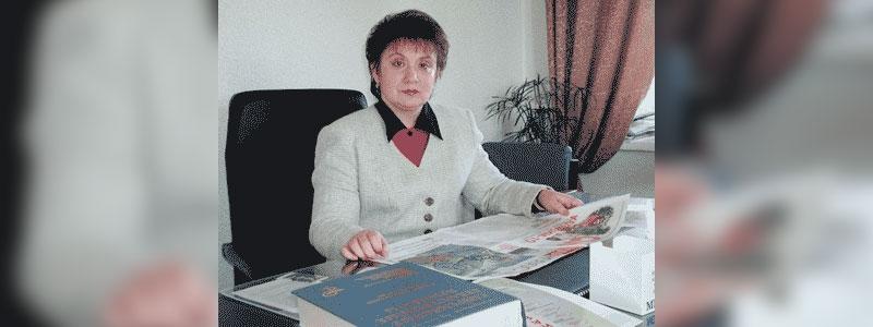 Лариса ЖУКОВА, заведующая кафедрой эндокринологии Курского государственного медицинского университета, профессор, доктор медицинских наук