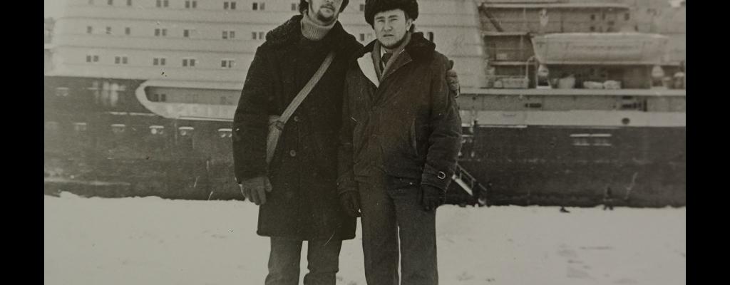 Александр Науменко (справа) с товарищем