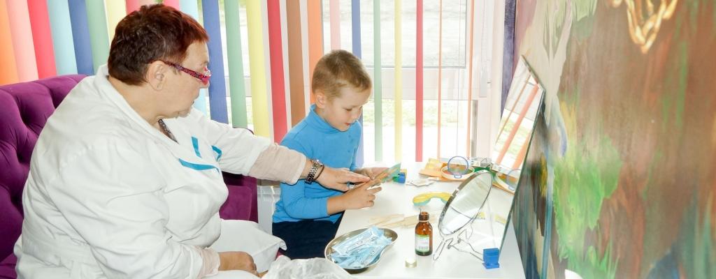 Пятилетний Матвей Поляков готовится  к школе с логопедом: правильная «р»  у же начинает получаться...