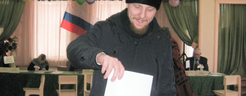 Священник Никольского собора, иерей Александр Селихов: – Судьбу страны определяют люди, поэтому нужно обязательно голосовать, выражать свою гражданскую позицию…