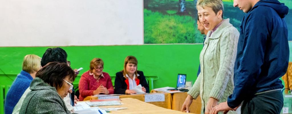 На избирательном участке в селе Марица