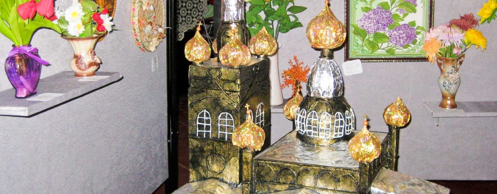 Вот такой макет Никольского собора сделали юные мастера